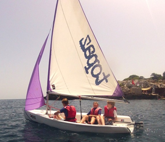 Windsurfing and sailing school Majorca