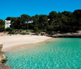 playas en cala d'or