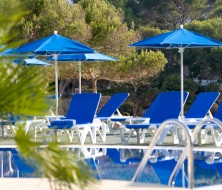Relaxing  swimming pool Cala Esmeralda hotel