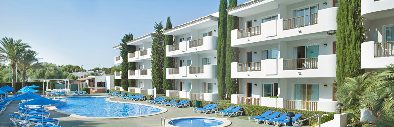 Apartaments with poolviews  inturotel esmeralda garden